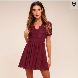 Lulus maroon dress